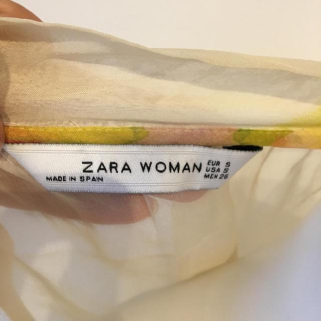 ZARA(ザラ)の週末値下げ  ZARA ザラ 花柄 トップス レディースのトップス(カットソー(長袖/七分))の商品写真