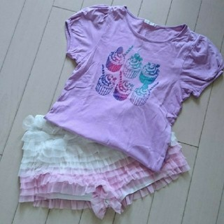 ジーユー(GU)のGU ガールズTシャツ&フリルショートパンツ(Tシャツ/カットソー)