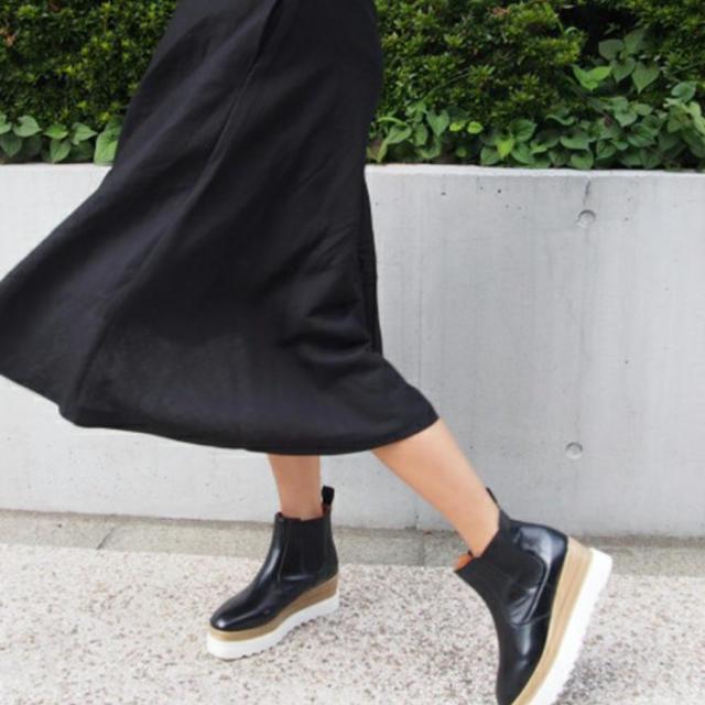 ZARA(ザラ)のamailショートブーツ👢 レディースの靴/シューズ(ブーツ)の商品写真