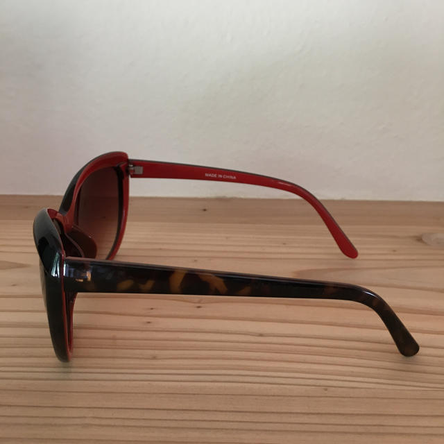 ZARA(ザラ)のZARA サングラス キャツアイ レディースのファッション小物(サングラス/メガネ)の商品写真