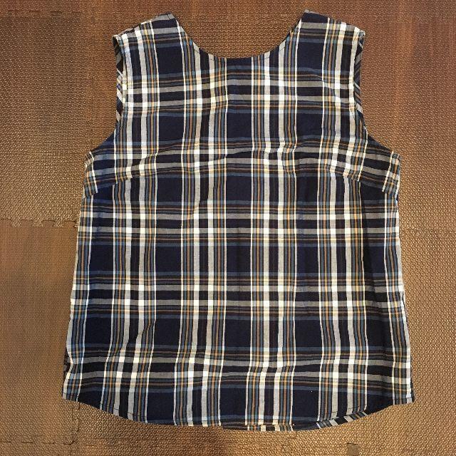 GU(ジーユー)のGU ジーユー チェックバックボタンブラウス ノースリーブ レディースのトップス(シャツ/ブラウス(半袖/袖なし))の商品写真