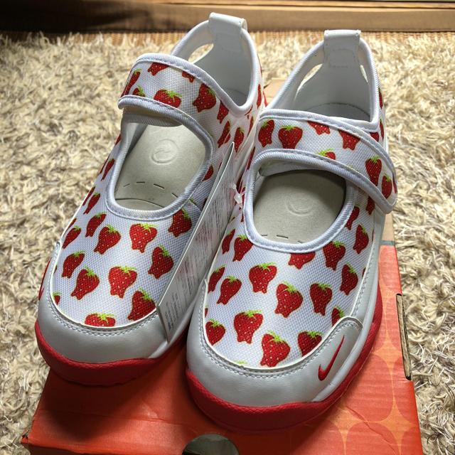 NIKE(ナイキ)のNIKEシューズ22㎝ キッズ/ベビー/マタニティのキッズ靴/シューズ (15cm~)(スニーカー)の商品写真