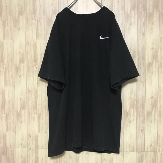 NIKE(ナイキ)の美品 NIKE Tシャツ swoosh ワンポイント 海外古着 メンズのトップス(Tシャツ/カットソー(半袖/袖なし))の商品写真