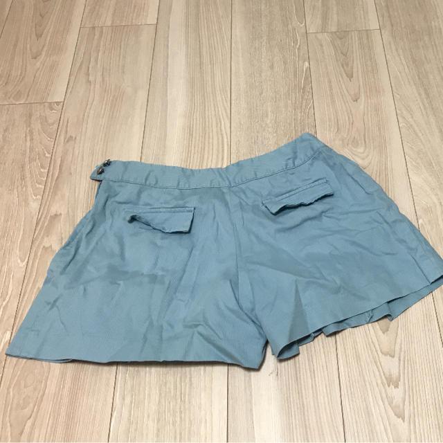 GU(ジーユー)のGU ショートパンツ 水色 レディースのパンツ(ショートパンツ)の商品写真