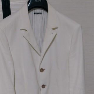 ジョルジオアルマーニ(Giorgio Armani)の最後値引きアルマーニ黒ラベル夏に最適ホワイトジャケット52サイズ スリムデザイン(テーラードジャケット)
