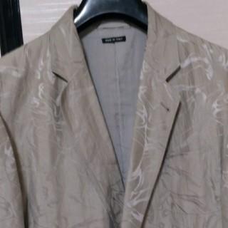 ジョルジオアルマーニ(Giorgio Armani)の最後値引きアルマーニ黒ラベル 総柄オシャレなデザインジャケット52サイズ 美品(テーラードジャケット)