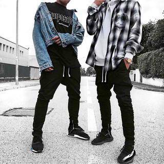 エイチアンドエム(H&M)の【H&M】新品✨ 2018新作 サイドジップ ジョガーパンツ M ブラック(デニム/ジーンズ)