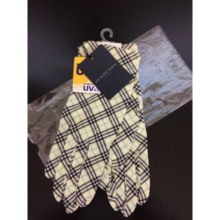 バーバリー(BURBERRY)の新品!バーバリー ロンドン UV加工 手袋 (手袋)
