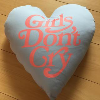 Supreme - Girls Don't Cry×UNION 限定クッション