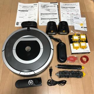 アイロボット(iRobot)の【付属品完備】iRobot Roomba 自動掃除機 ルンバ 780(掃除機)