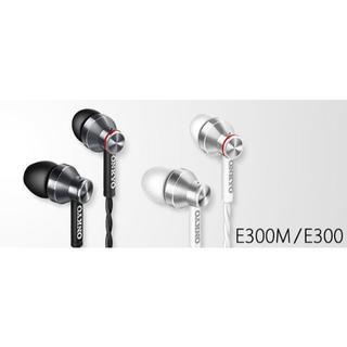 オンキヨー(ONKYO)の新品 ONKYO E300M マイク付イヤホン カナル型 ブラック E300MB(ヘッドフォン/イヤフォン)