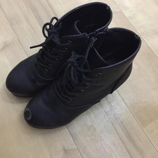 黒いブーツ 大(ブーツ)