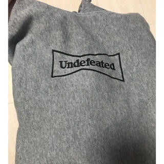アンディフィーテッド(UNDEFEATED)のwasted youth undefeatedコラボ パーカー XL(パーカー)