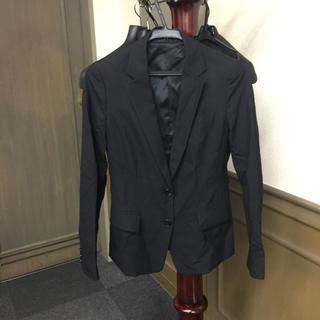 ユニクロ(UNIQLO)のレディースジャケット(スーツジャケット)