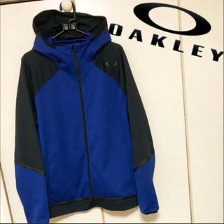 オークリー(Oakley)のOAKLEY オークリー M ロゴ ジャージ パーカー メンズ レディースにも(パーカー)