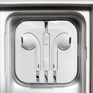アップル(Apple)のiPhone  アイフォン 純正・正規品 イヤホン EarPods(ヘッドフォン/イヤフォン)