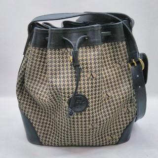ヴァレンティノガラヴァーニ(valentino garavani)のヴァレンチノガラヴァー二の巾着ショルダーバッグ 千鳥柄 15480(ショルダーバッグ)