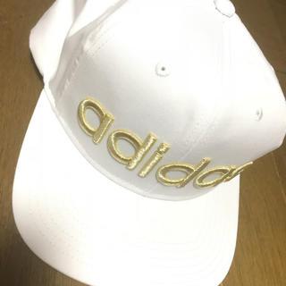 アディダス(adidas)のアディダス  ロゴ入り 白 キャップ(キャップ)