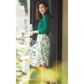 ジャスグリッティー(JUSGLITTY)の♡今期 未使用♡ジャスグリッティー ペイントフラワースカート♡サイズ1(ひざ丈スカート)