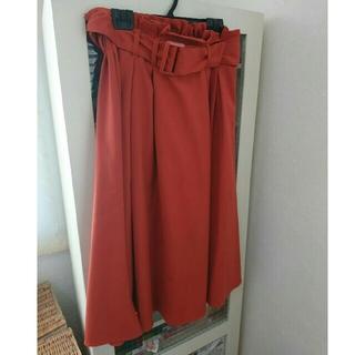ジーユー(GU)のgu スタイルアップベルトスカート(ひざ丈スカート)