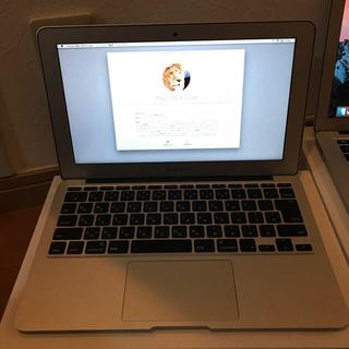 マック(Mac (Apple))のMacbook Air 11 Mid 2012 美品 箱付き(ノートPC)