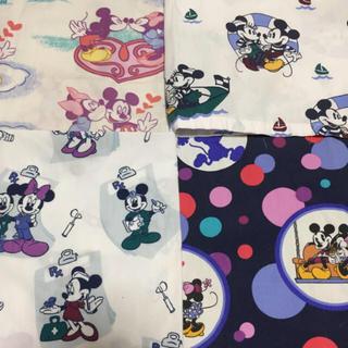 ディズニー(Disney)のSale(● ˃̶͈̀ロ˂̶͈́)੭ꠥ⁾⁾医療服ハギレセット(生地/糸)