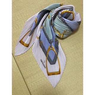 トラサルディ(Trussardi)のトラサルディ プリーツスカーフ シルク100%(バンダナ/スカーフ)