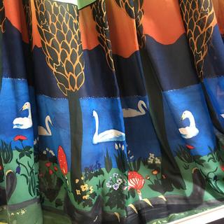 ツモリチサト(TSUMORI CHISATO)のツモリチサト ドリームツリー 新品 タグ付き ネコ プリント シルク スカート(ロングスカート)