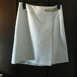 アンタイトル(UNTITLED)のラップ風スカート(ひざ丈スカート)