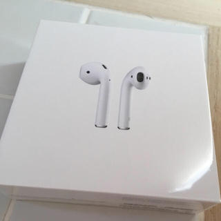 アップル(Apple)の新品未開封 AirPods Apple純正ワイヤレスイヤホン(ヘッドフォン/イヤフォン)