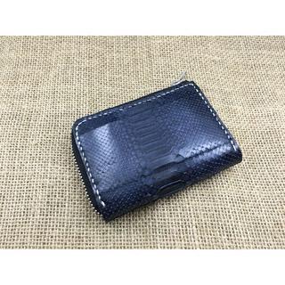 手のひらサイズ!外ポケット付きミニL字ファスナー財布【パイソンネイビー】(財布)