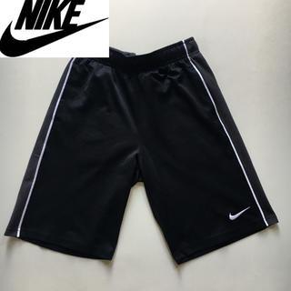 ナイキ(NIKE)のNIKE ナイキ ショートパンツ  ブラック×グレー  レディース Mサイズ(ショートパンツ)