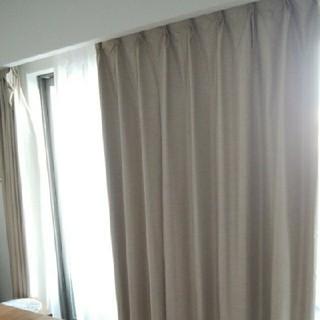 MUJI (無印良品) - 送料込み!無印良品*遮光シャンタンカーテン+カーテンフック 2枚セット