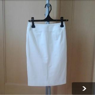 ヴァンドゥーオクトーブル(22 OCTOBRE)の22OCTOBRE☆白タイトスカート(ひざ丈スカート)