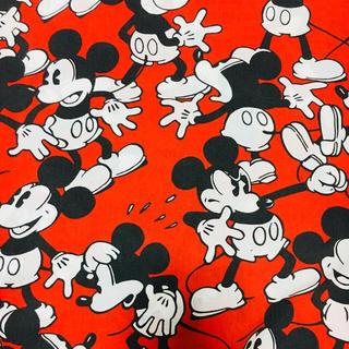 ディズニー(Disney)の◡̈⃝⋆*ミッキービンテージシーツ(生地/糸)