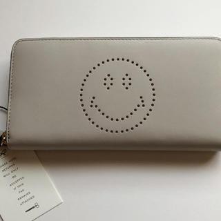 ANYA HINDMARCH - アニヤ ハウンドマーチ Large Zip-Round Wallet