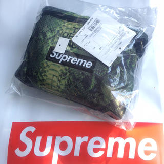 シュプリーム(Supreme)のSupreme North Face Snakeskin Duffle Bag(ボストンバッグ)