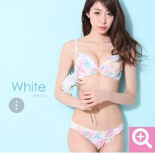 エメフィール(aimer feel)のエメフィール♡B70ホワイトフラワーブラジャー、ショーツセット(ブラ&ショーツセット)