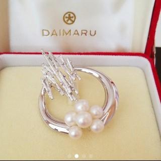 美しく超綺麗!新品未使用!大丸百貨店購入 真珠のブローチ(ブローチ/コサージュ)