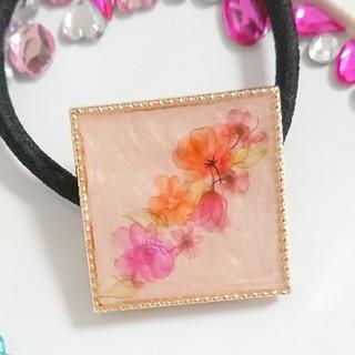 お花のキラキラヘアゴム111