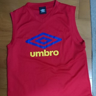 アンブロ(UMBRO)のumbro ノースリーブシャツ 赤 150センチ(Tシャツ/カットソー)