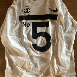 ヌメロヴェントゥーノ(N°21)のロンT(Tシャツ/カットソー(七分/長袖))