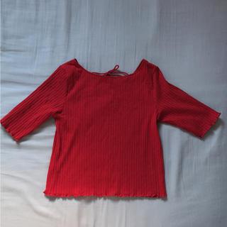ジーユー(GU)の未使用 GU レット 赤 リブ トップス Tシャツ レースアップ(Tシャツ(半袖/袖なし))