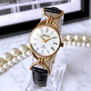 Gucci - 美品 グッチ ベルト2色付 デザインラグ ゴールド クォーツ 腕時計