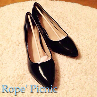 ロペピクニック(Rope' Picnic)の【値下げ】エナメルアーモンドトゥパンプス(ハイヒール/パンプス)