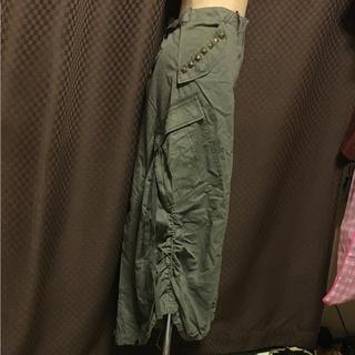 アズノゥアズオオラカ(AS KNOW AS olaca)のolaca  ミリタリー カーキ スタッズ カーゴ スカート(ロングスカート)