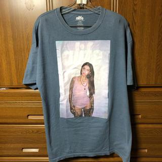 エーライフ(ALIFE)のTシャツ alife エーライフ フォトt キャップ パンツ tee L(Tシャツ/カットソー(半袖/袖なし))
