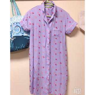 ジーユー(GU)のフラミンゴワンピースパジャマS(パジャマ)
