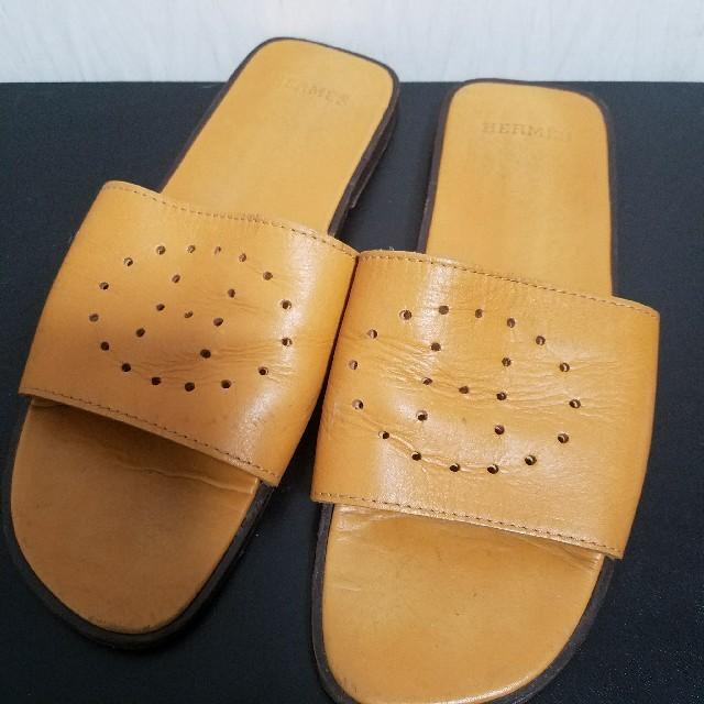 Hermes(エルメス)の確実正規品 エルメス フラットサンダル オレンジ レディースの靴/シューズ(サンダル)の商品写真