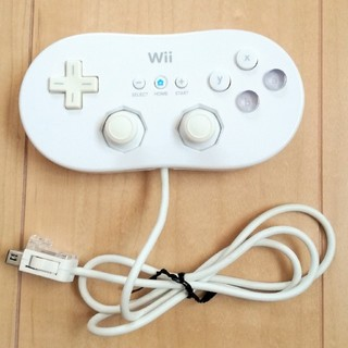 ウィー(Wii)のWii クラシックコントローラー 白 ホワイト 純正(家庭用ゲーム本体)